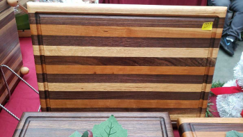 Multi wood cutting board ( oak cherry mahogany black walnut)